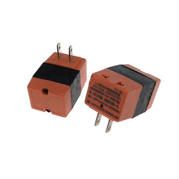 S.C.E 世淇110V變220V變電器50W